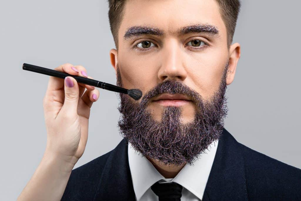 Man dyes beard