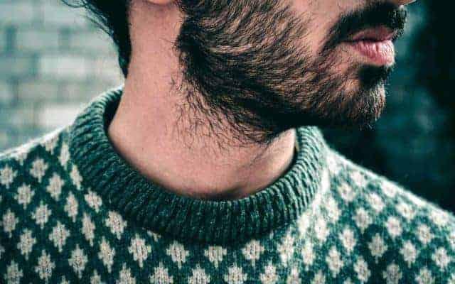 Mann mit Bart | Bartwuchs beschleunigen